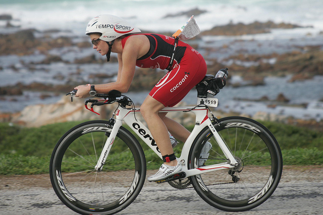 Lucia Thalman: How lifelogging and self-tracking can be used by a long distance triathlete 1