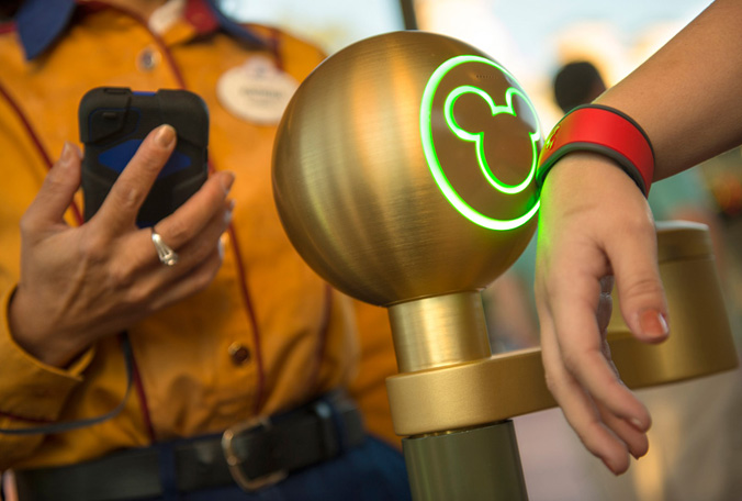 disney-magic-band1