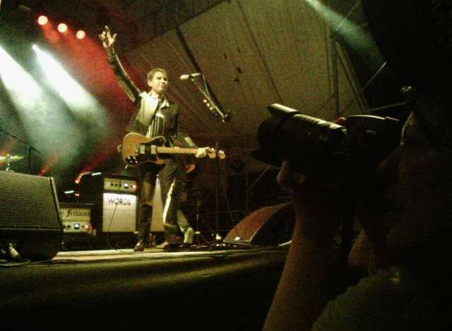 Giando's Narrative Clip goes to a concert 8