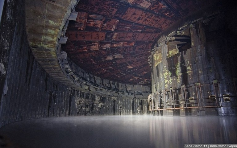 50 Breathtaking Photos of Abandoned Places From Around the World 22