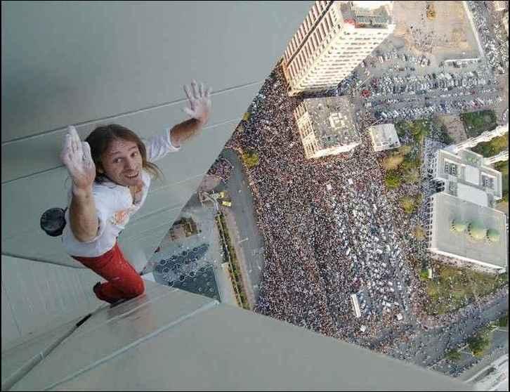 crazy-urban-climber