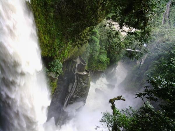 Narrative_Clip_Traveling Pailón del Diablo, Ecuador