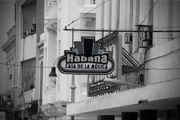 habana-sign_2
